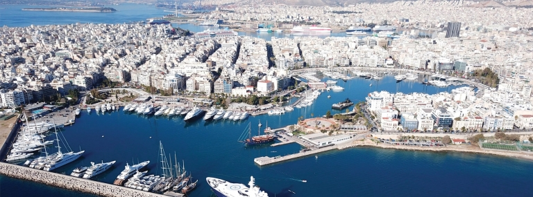 China's COSCO develops Greece's Port of Piraeus,spurring global shipping